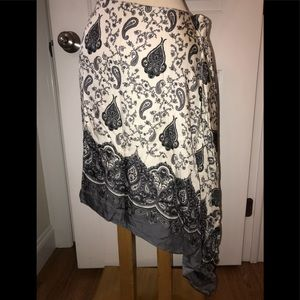 Silk Banana Republic paisley skirt size 2